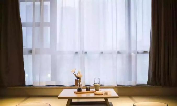 什么是中空玻璃内置百叶窗 为什么靠西晒的窗户用中空玻璃内置百叶窗