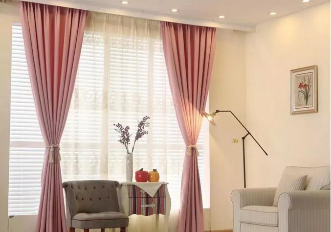 有一款窗帘可以让整个家充满温馨