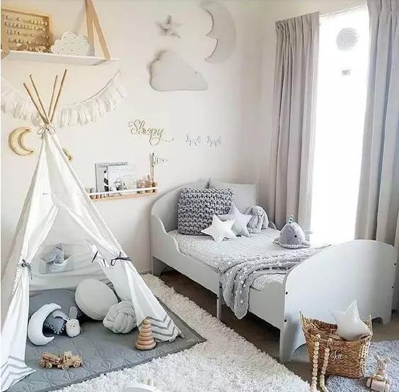 儿童房更适合用卡通印花窗帘
