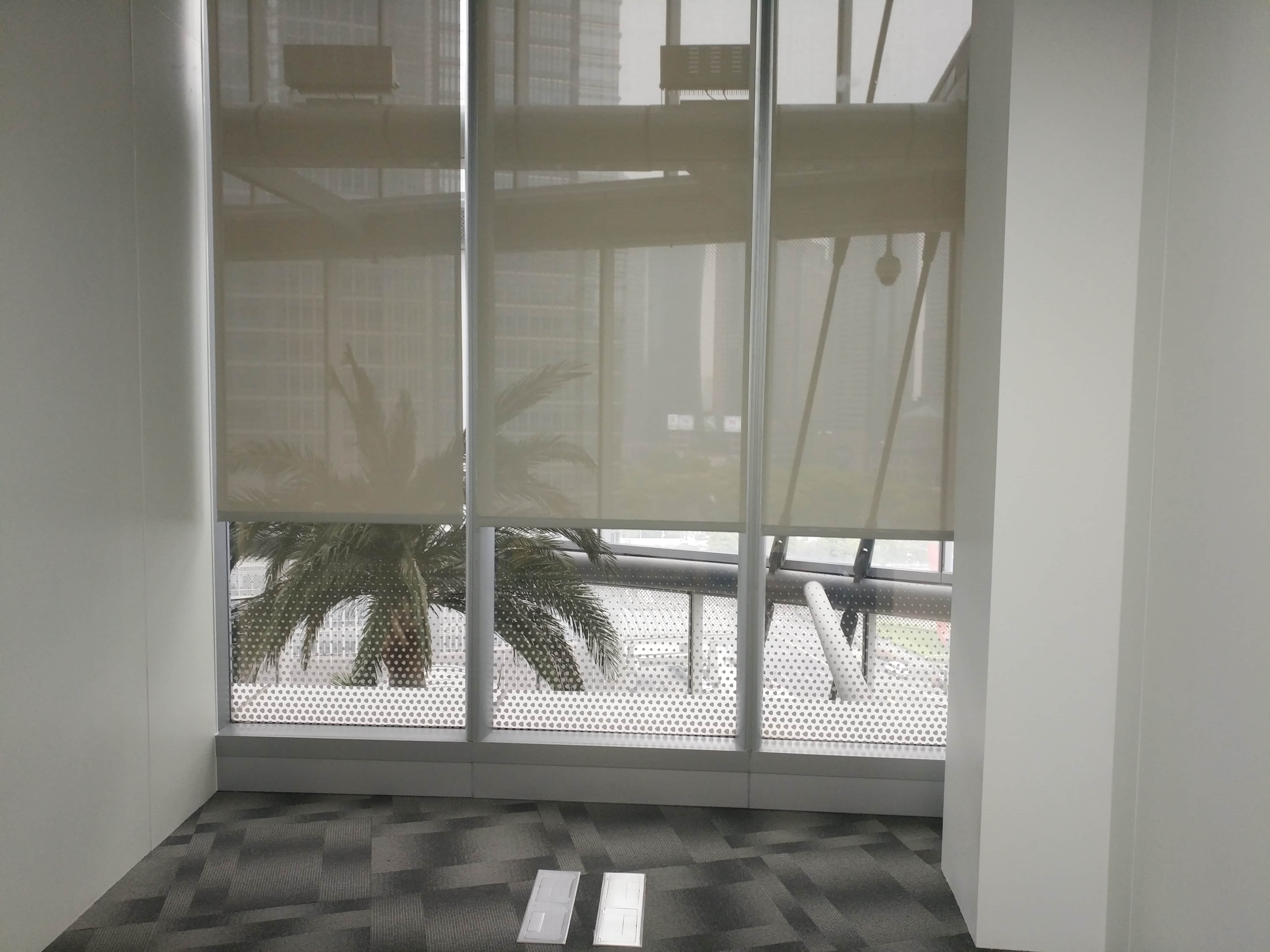 上海中心大厦锦天城办公室电动卷帘项目
