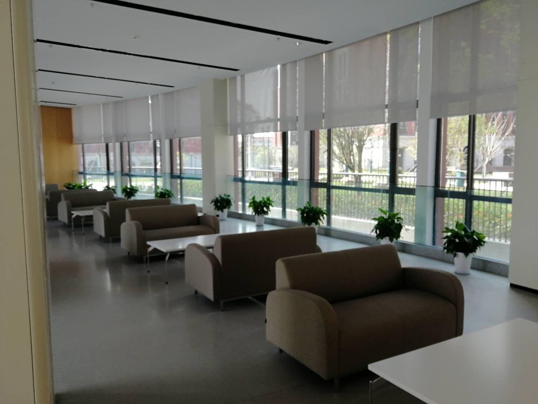 南京外国语学院方山分院遮阳窗帘项目