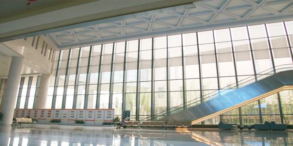 上海博开为复兴医药办公楼提供电动卷帘