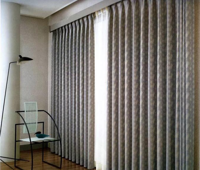 让电动窗帘科技遥控你的冬日暖阳梦